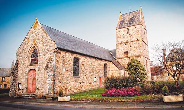L'église de Saint-Pierre-Langers (Manche, Normandie) date du 12e siècle, mais a été restaurée au 18e siècle. – GoogleMaps: Yane LB